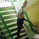 Кадры, где 18-летний керченский убийца спокойно идет в колледж убивать (видео)