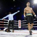 Украинский боксер «вырубил» соперника эффектным нокаутом (видео)