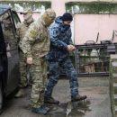 Отец раненого в Керченском проливе моряка обратился к украинцам (видео)