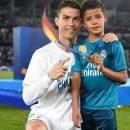 Роналду поздравил своего сына с первым трофеем в академии