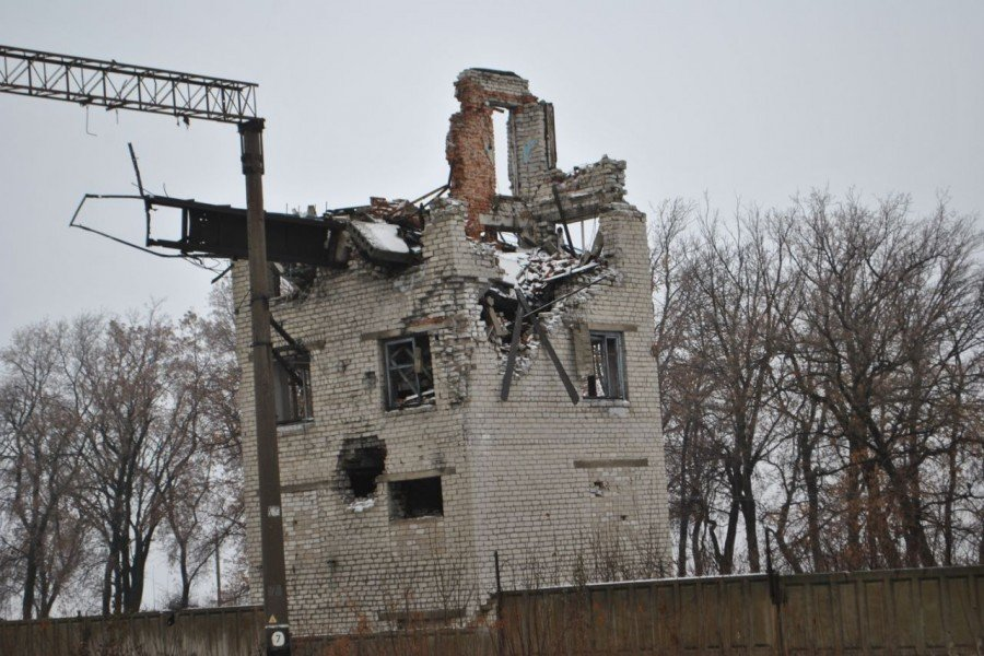 У мережі з'явилися моторошні фото із занедбаного селища в «ЛНР»