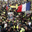 «Желтые жилеты» снова вышли на улицы Парижа