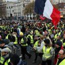 Франция остановит протесты референдумом