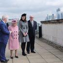 Стильная парочка: Кейт Миддлтон и Елизавета II совершили первый совместный выход