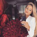 Жена Николая Тищенко блистала на балу в эффектном розовом платье с метровым шлейфом