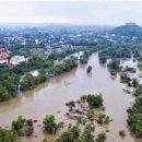 Потоп на Закарпатье: впечатляющие кадры из двух затопленных районов (видео)