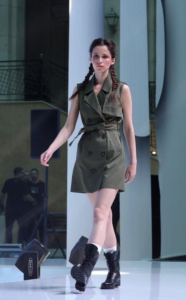 Уродство, неописуемое уродство: в Сети высмеяли коллекцию одежды для российской армии от Тимати