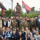 Послы Израиля и Польши протестуют против памятника Шухевичу в Ивано-Франковске
