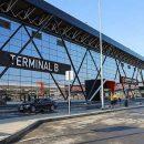 «Пассажиры крестятся, машины тонут»: в крупнейшем аэропорту Москвы произошло ЧП