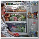 За сколько часов до сна можно есть: ответ диетолога