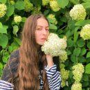 «Мамин цветочек»: дочка Поляковой восхитила ультра трендовым макияжем 2019