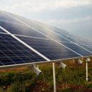 200 тисяч гривень на рік із сонця: черкащанин на власному подвір'ї збудував електростанцію