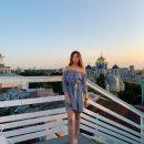 16-летняя дочка Елены Кравец поразила ультра стильным образом в мини-юбке