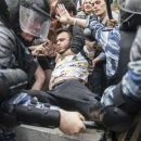 «Женщин били и ломали»: Российский журналист рассказал правду об «аде» в Москве