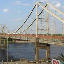 Устал? В Киеве рухнула часть пешеходного моста