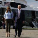 В узких брюках и на шпильках: Мелания Трамп вернулась с мужем в Вашингтон