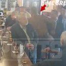 Конор Макгрегор набросился на посетителя бара за отказ выпить вместе