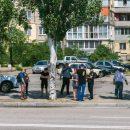 У Дніпрі дві дівчини влаштували криваві розбірки на вулиці: відео