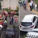 Доставали из-под авто: в Киеве пенсионерка на скорости снесла женщину и ребенка (видео)