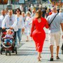 В центре Киева заметили девушку с формами Ким Кардашьян: сеть взбудоражили фото