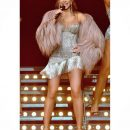 Ани Лорак засветила все свои прелести в коротком платье