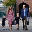 Принцеса Шарлотта з принцом Джорджем пішли в школу