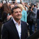 Зеленский в Ровно удивил скромным кортежем и пригрозил бизнесменам