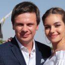 Молода дружина Дмитра Комарова розповіла, як переживає розлуку з ним