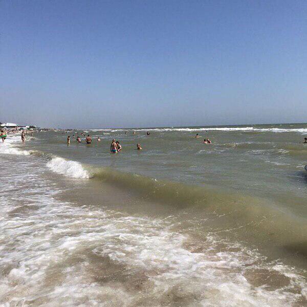 Крыму остается только мечтать: появились свежие фото пляжей в Кирилловке