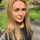 Ольга Сумская поделилась архивным снимком в бикини: так актриса выглядела 30 лет назад