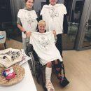 Петр и Марина Порошенко навестили Гонтареву и подарили ей странные футболки