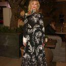 62-летняя Мелани Гриффит восхитила фигурой в эффектном платье
