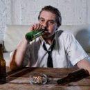Медики назвали незаметные симптомы алкоголизма