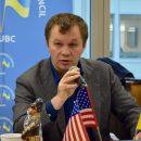 «Я никогда не скрывал, что я дебил»: министр о словах Коломойского
