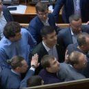 Нардепы Тищенко и Скорик устроили драку в сессионном зале парламента