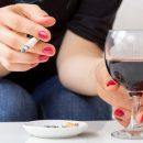 Медики рассказали в сочетании с чем алкоголь сильно разрушает мозг