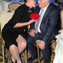 Накорми президента: появилась фотожаба на забавный снимок Савченко с Кравчуком