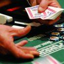 Как вести себя за покерным столом? Советы от опытного работника казино