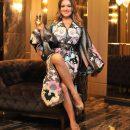 Наталья Могилевская предстала в роскошном платье с пикантным разрезом (фото)