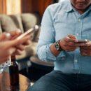 Как смартфоны уничтожают интеллект человека