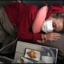 Курьез: В самолете экипаж поднял панику, приняв похмелье за коронавирус