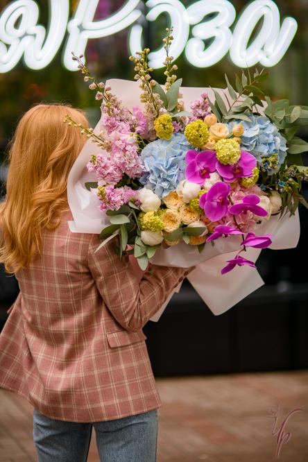 Пудрик Наталья Денисовна: лучшие букеты и подарки к ним всегда можно найти в цветочной лавке «Чайная роза»